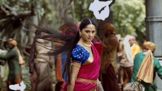 anushka-shetty-new-movie-bahubali_138379771100